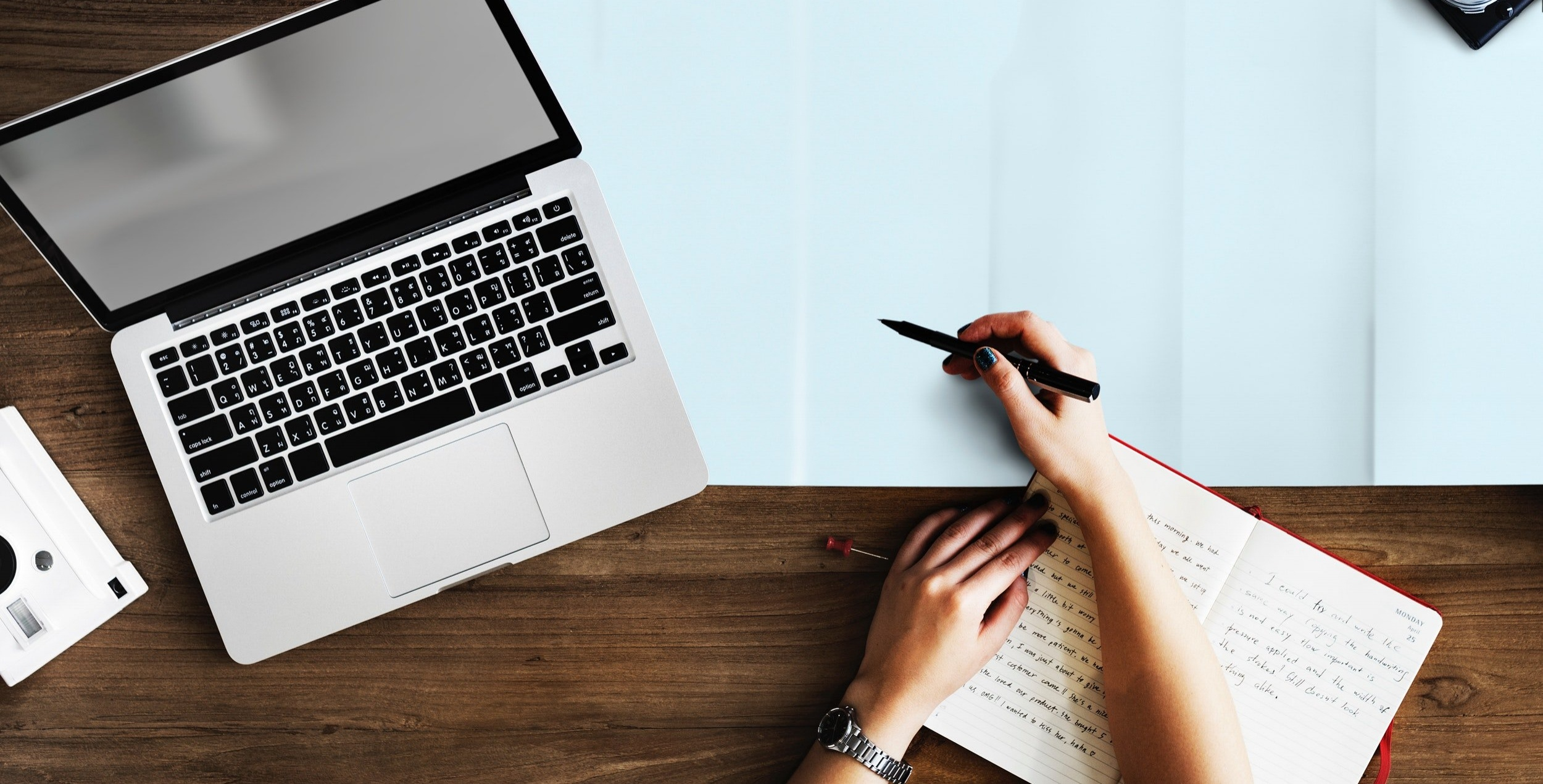 10 Writing Essentials for Creating a Blog Post